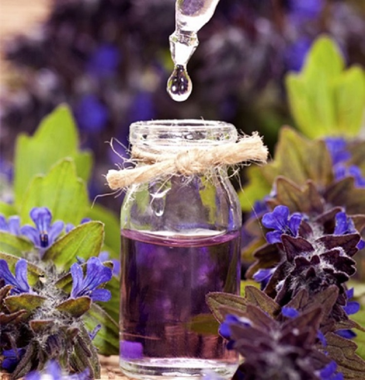 Get Beautiful Skin With These Homemade Remedies: Oil Edition!