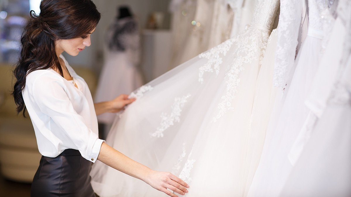 Choose A Wedding Dress That Reflects Your Personality!