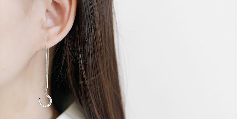 What should you know before buying clip on earrings from online fashion store?