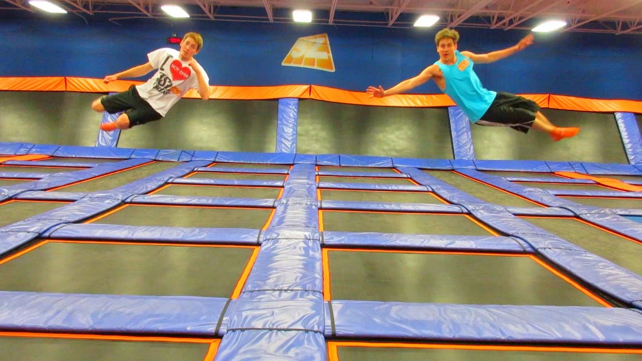 Things To Do In a Trampoline Park