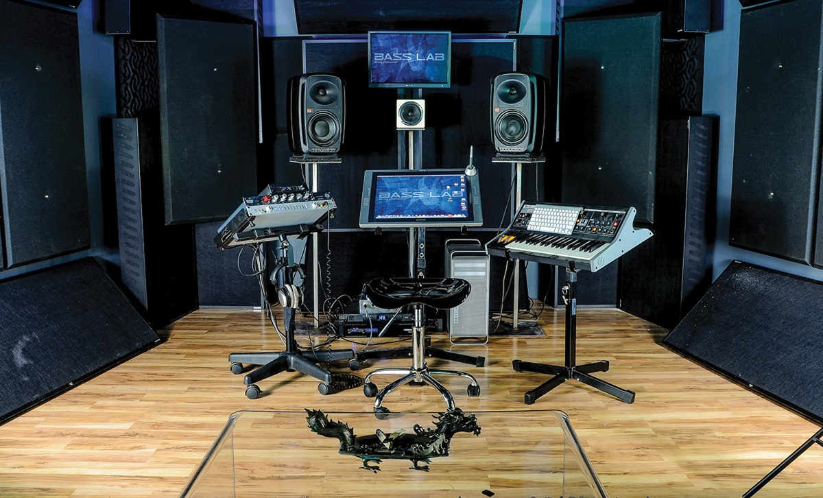 What to look for in a recording studio?